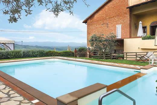 £2375.00 for Tuscany self catering holiday