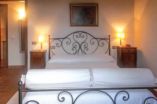 £952.00 for Tuscany self catering holiday