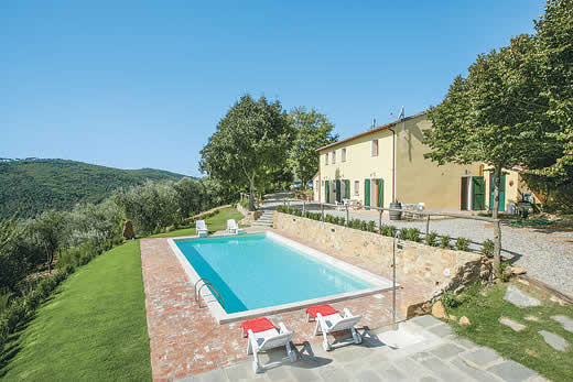 £709.00 for Tuscany self catering holiday villa