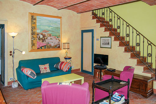 £1037.00 for Tuscany self catering holiday