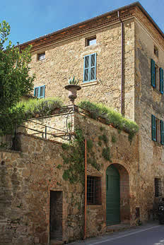 £3201.00 for Tuscany self catering holiday