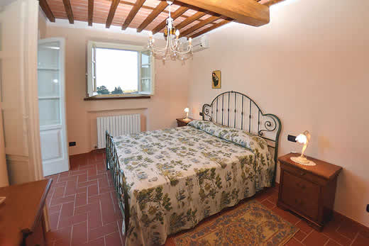 £2539.00 for Tuscany self catering holiday