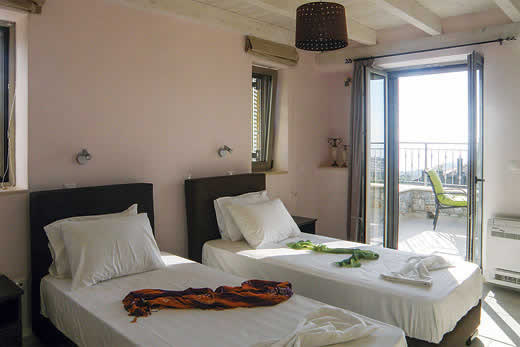 £581.00 for Peloponnese self catering holiday