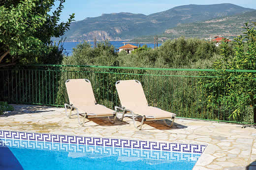 Holiday villa deal for Peloponnese with private swimming pool