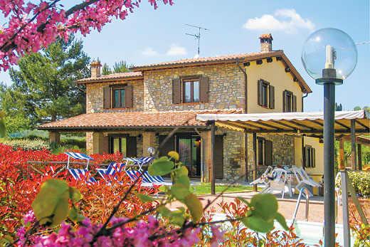 £952.00 for Umbria self catering holiday villa