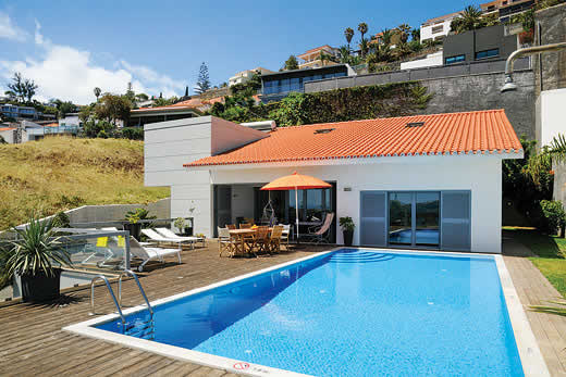 £1232.00 for Madeira self catering holiday