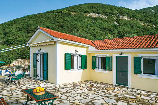 Enjoy a great self catering holiday in  Ithaka