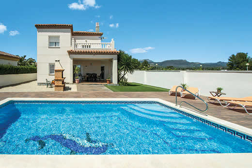 Enjoy a great self catering holiday in  Costa Dorada
