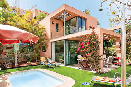 Holiday villa offer for Gran Canaria with swimming pool