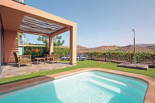 £1211.00 for Gran Canaria self catering holiday