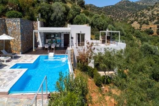 £1764.00 for Crete self catering holiday
