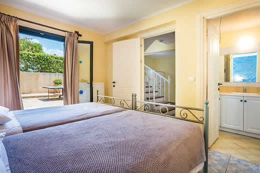 Read more about Dionysus villa