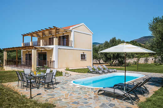 Holiday villa deal for Kefalonia with private swimming pool