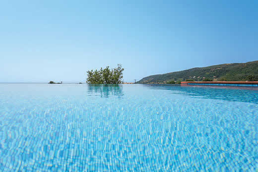 £870.00 for Kefalonia self catering holiday