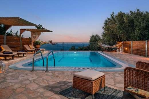 £1093.00 for Zakynthos self catering holiday