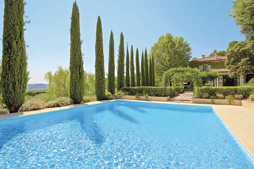 £6093.00 for Provence self catering holiday
