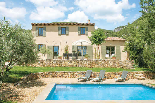 £1437.00 for Provence self catering holiday