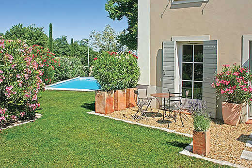 Read more about Maison des Chenes villa