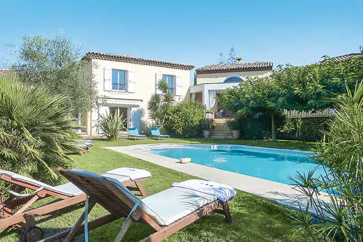 £3974.00 for Cote d`Azur self catering holiday