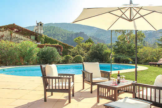 £3273.00 for Cote d`Azur self catering holiday