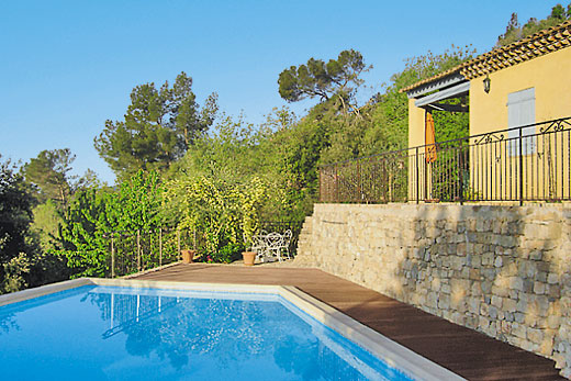£1500.00 for Cote d`Azur self catering holiday villa