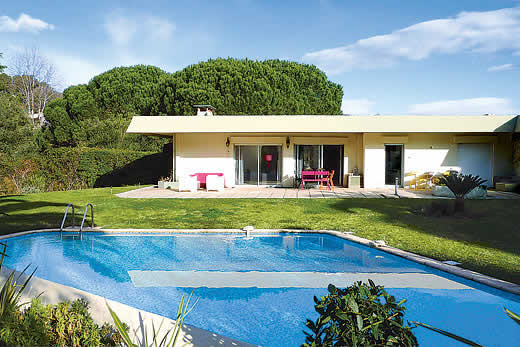 Enjoy a great self catering holiday villa in Cote d`Azur