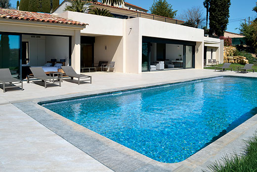 Cote d`Azur a great place to enjoy a self catering holiday villa