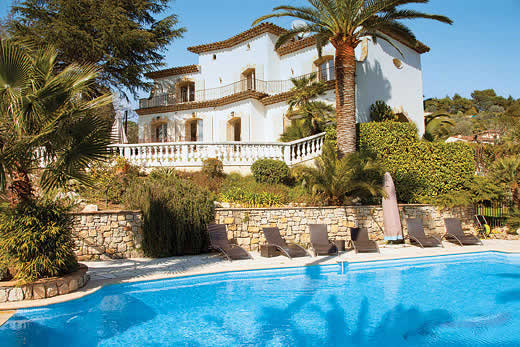 £4923.00 for Cote d`Azur self catering holiday