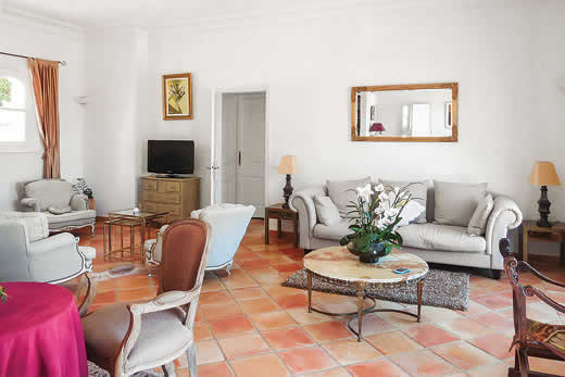 Read more about Villa Lanza villa