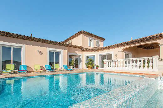 £2302.00 for Cote d`Azur self catering holiday