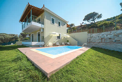 Enjoy a great self catering holiday in  Skiathos