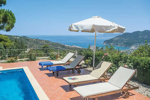 Enjoy a great self catering holiday in  Skopelos