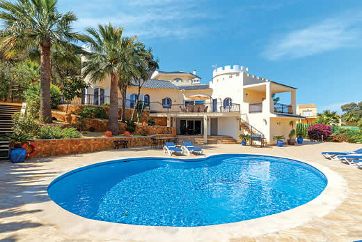 £3430.00 for Costa Calida self catering holiday