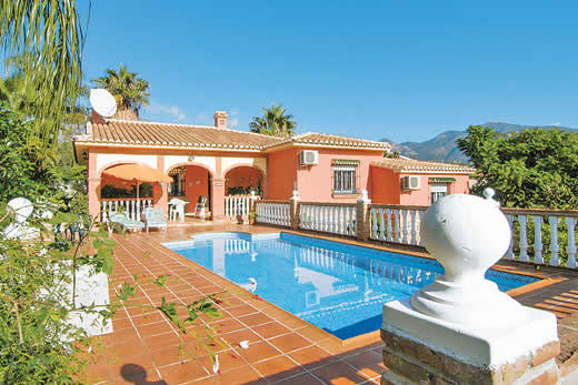 £764.00 for Costa del Sol self catering holiday