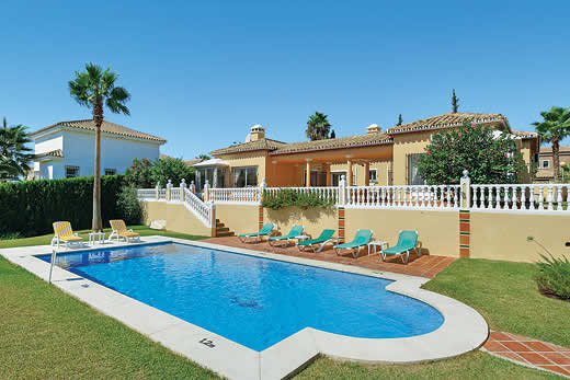 £1141.00 for Costa del Sol self catering holiday