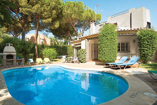 £858.00 for Costa del Sol self catering holiday