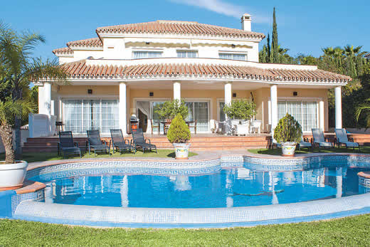 £1437.00 for Costa del Sol self catering holiday